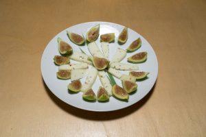 Fichi e formaggio in un gustoso antipasto - Riciblog