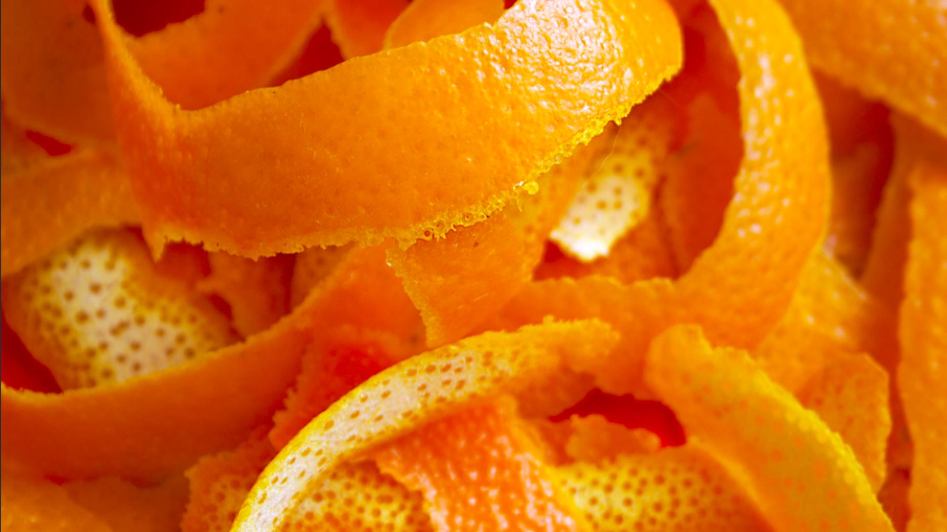 Come riutilizzare la buccia di arancia in casa - Riciblog