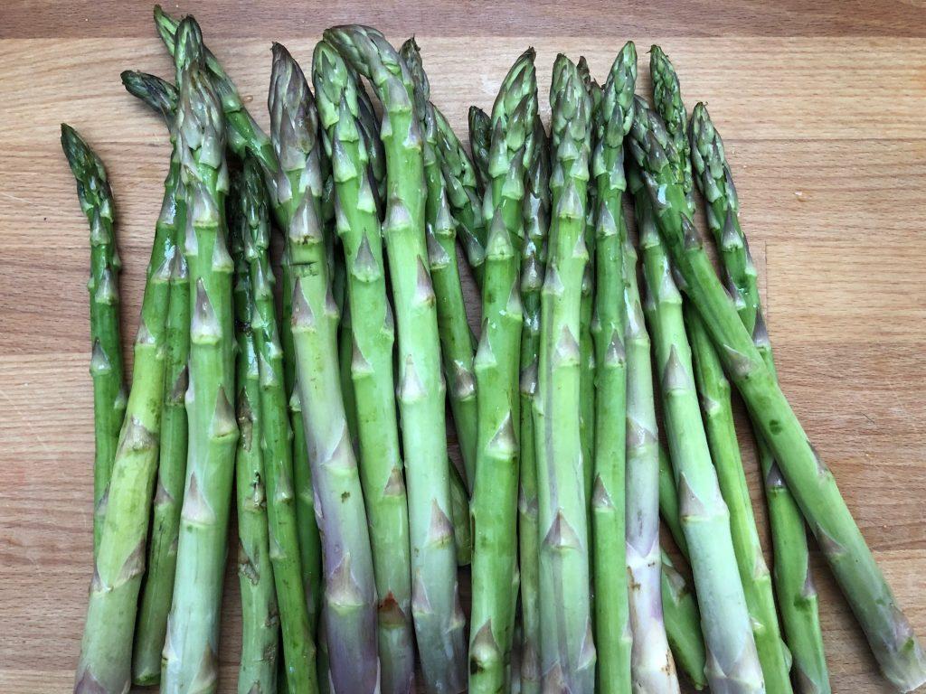 Cosa fare con gli scarti degli asparagi - Riciblog