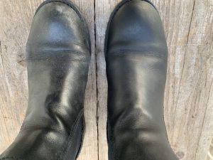 le bucce di banana puliscono le scarpe