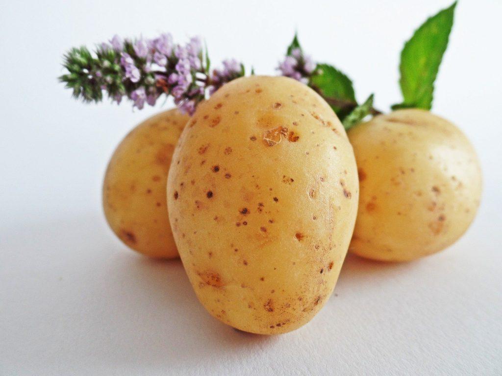 bucce di patate - impieghi in cucina e non solo