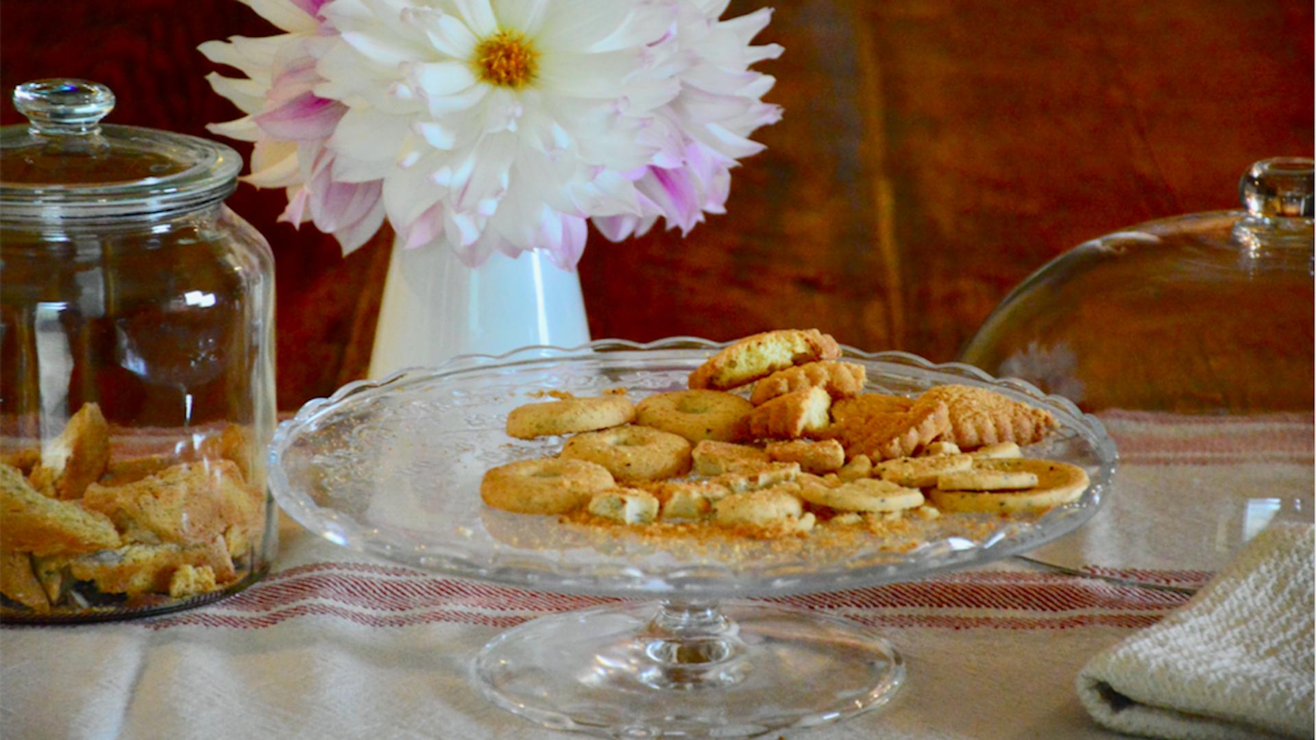 come riciclare i biscotti avanzati con ricette facili