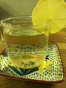 come preparare tisane e infusi con le foglie di limone